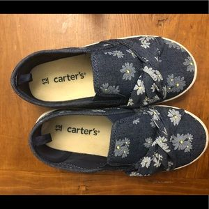 Floral print Carter's runners
